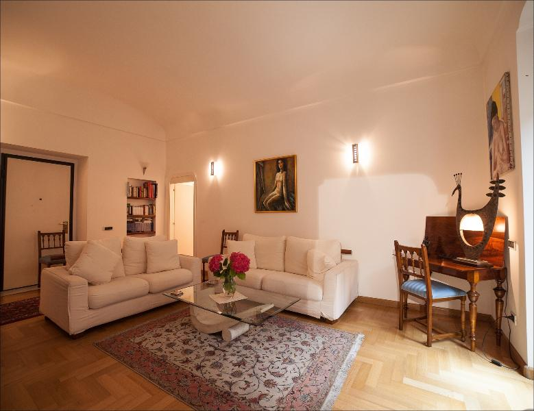 Apartment Via Manno, holiday rental in Isili