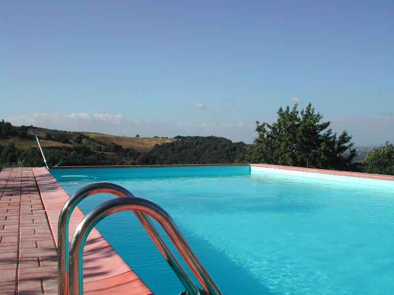 Podere Il Ruscello villa, vacation rental in Capannoli