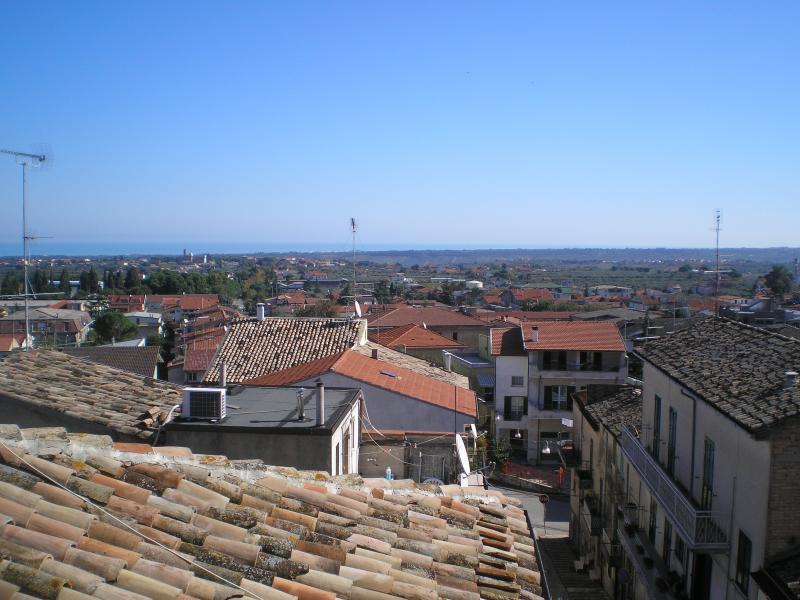 Casa Mia town house centro historico, Casalbordino, vacation rental in Scerni