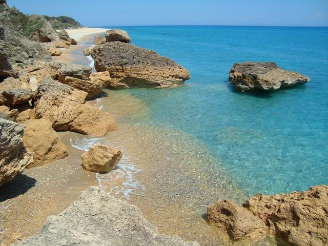 By the Beach--Apt.2 (2 room apartment) Kefalonia, holiday rental in Skala