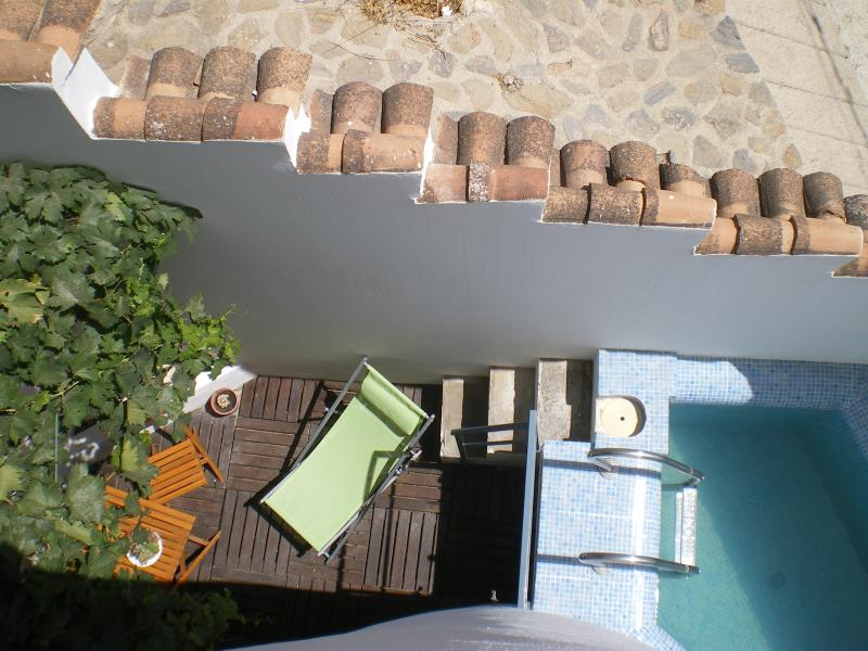 The pati and the swimming pool are small and cosy and they are private, just for you!