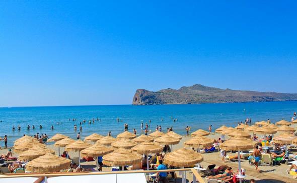 Agia Marina Beach - 10mins