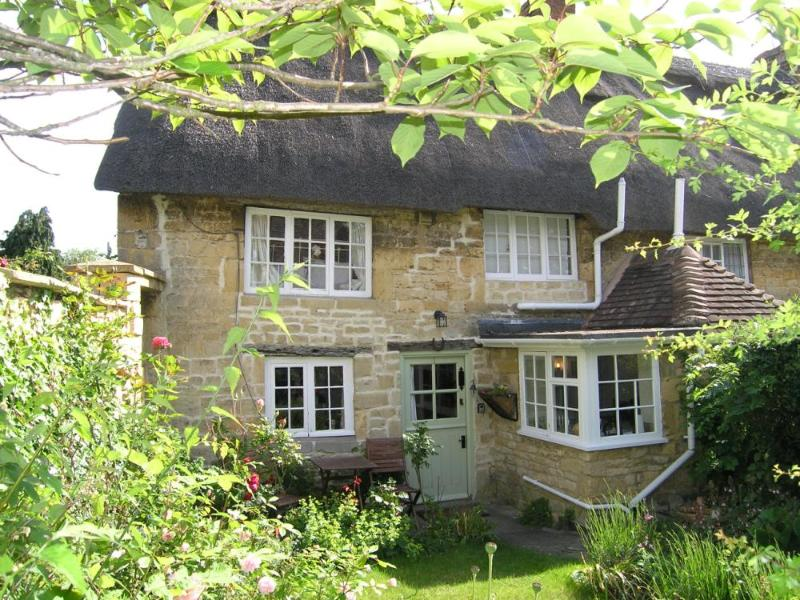Twine Cottage, holiday rental in Wickhamford
