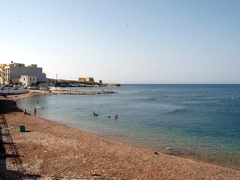 Pebbly beach 200 meters from apartment