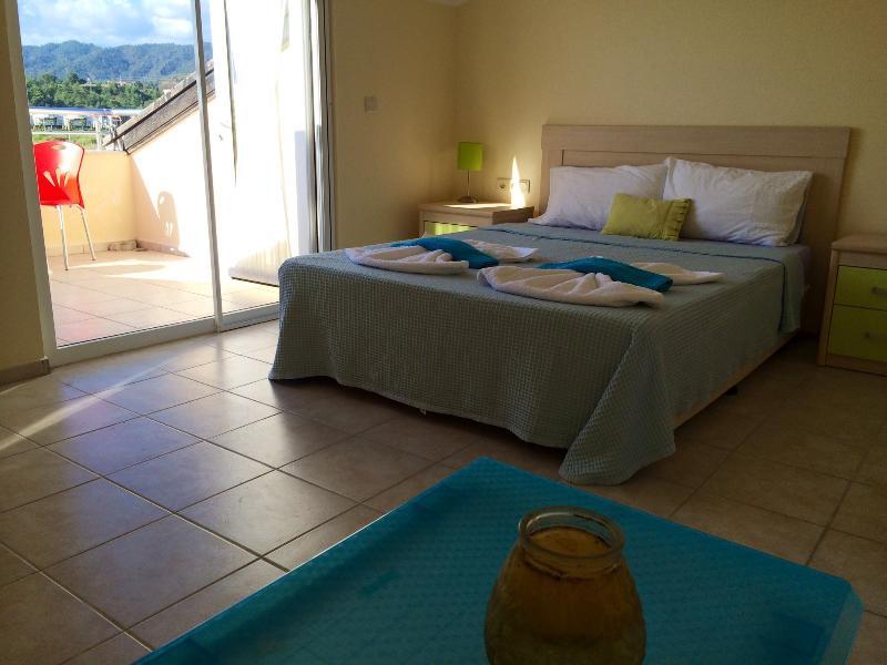 Una de las impresionantes suites master con 2 terrazas!