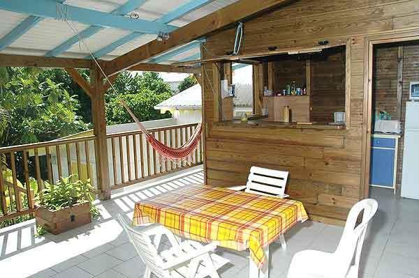 la terrazza di bungalow carambola