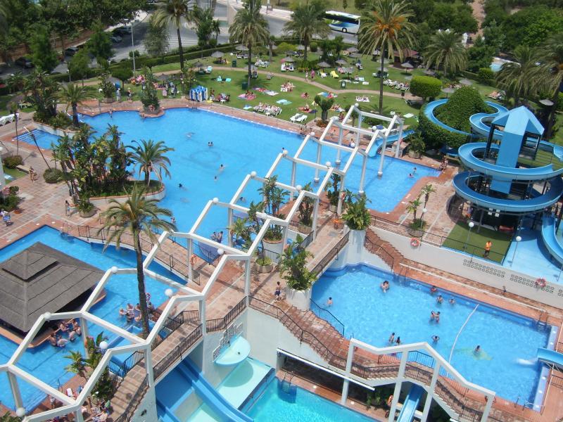 Appartement Water Park (arrière de l'appartement, 5 piscines et grand jardin)