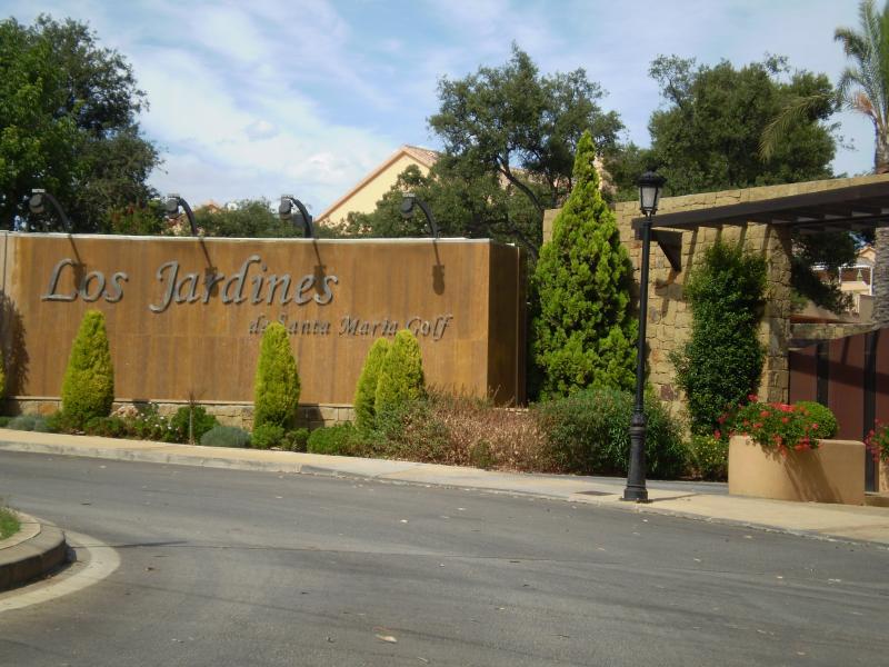 Los Jardines de Santa Maria Entrance
