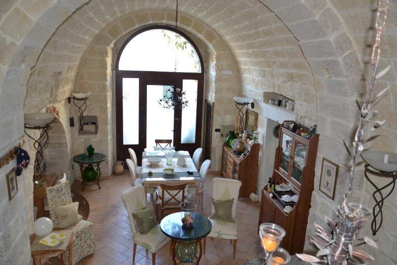 Palazzo Muro Leccese - Suite, holiday rental in Vaste