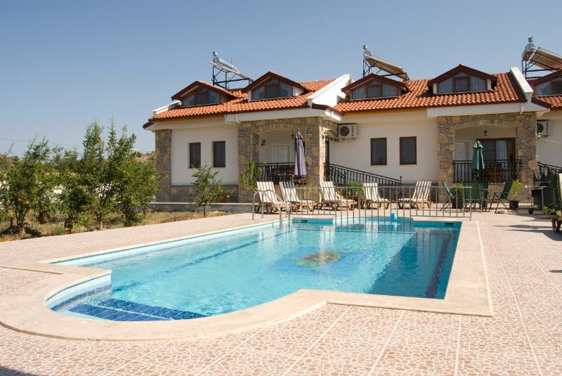 Villas Byblis-Caria