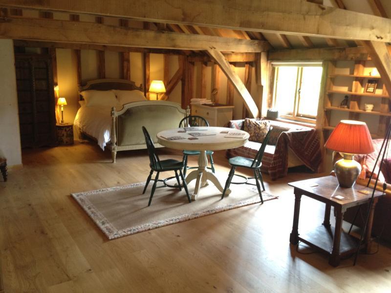 The Cottage Loft, Ferienwohnung in Petham