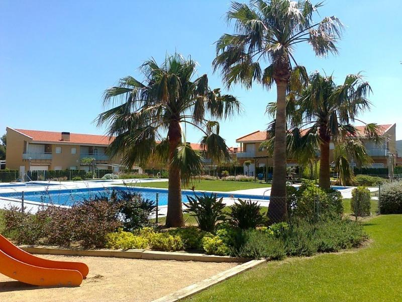 Casalot Park: Townhouse close to the beach + A/C, vacation rental in Miami Platja