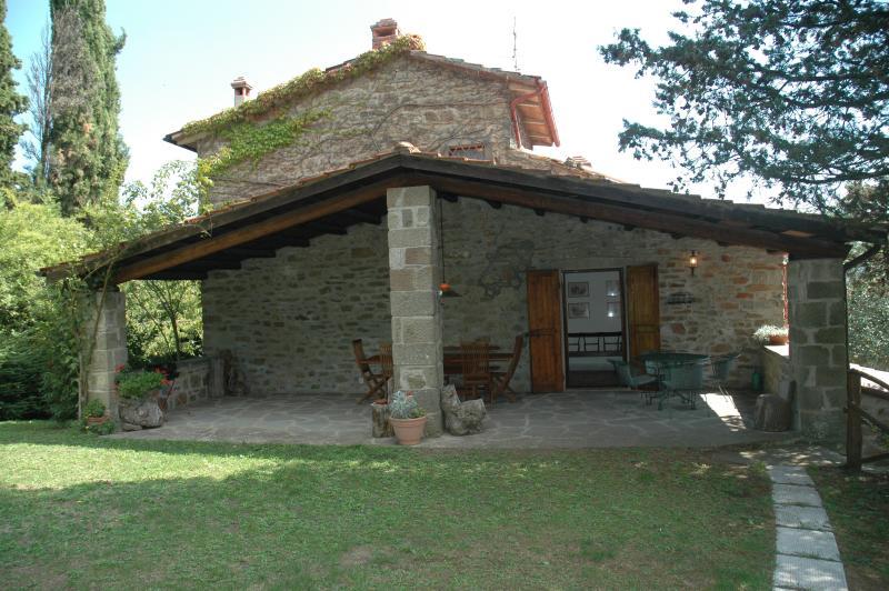 Casa Giannino  - la Loggia, vacation rental in Talla