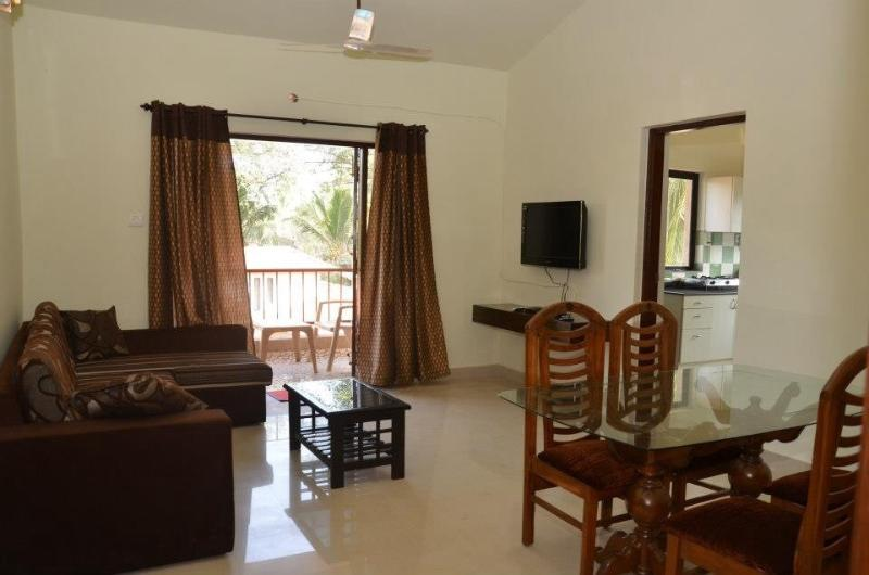 Homely 2BHK in Calangute, holiday rental in Parra