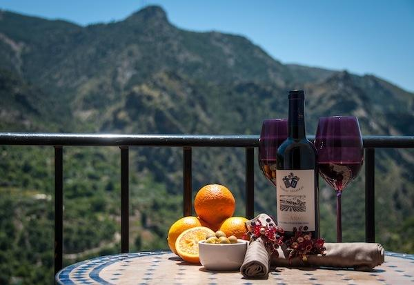 Enjoy the wonderful views of the Sierra Nevada & local wine on the balcony.