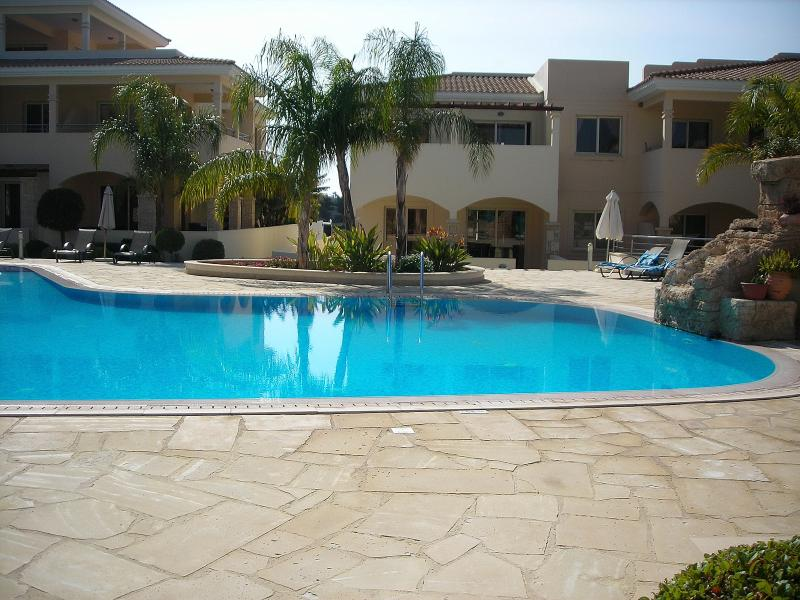 2 bedroom apartment overlooking 2 swimming pools