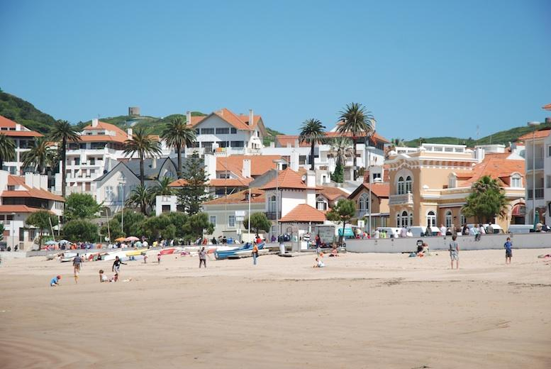 La plage de Sao Martinho do Porto
