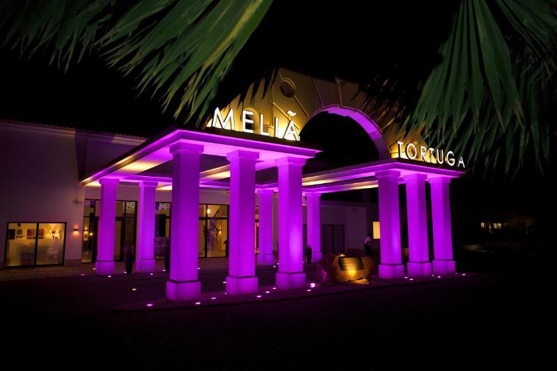 Stunning Entrance View of Tortuga Resort
