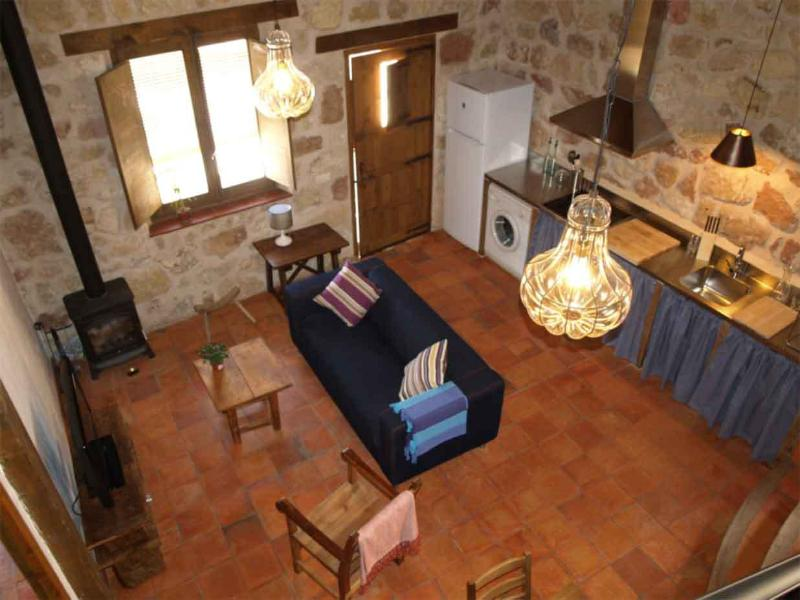 EL RINCONCILLO - LA PIRONA, holiday rental in Caballar