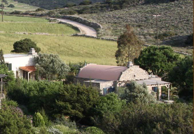 El Dome Casa fotografiado desde más arriba en nuestra colina