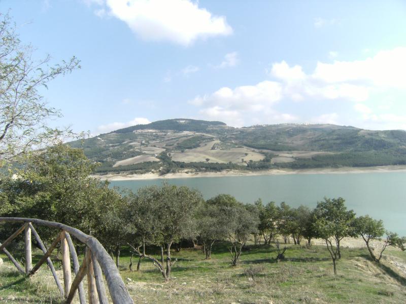Panorama del Lago di Occhito