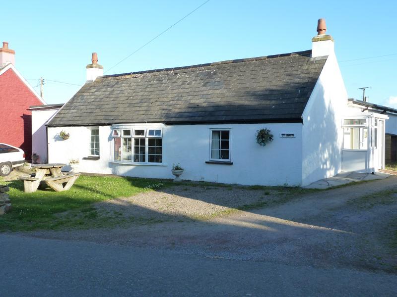 Ty Gwyn 2, Marloes, Pembrokeshire., aluguéis de temporada em St Ishmaels