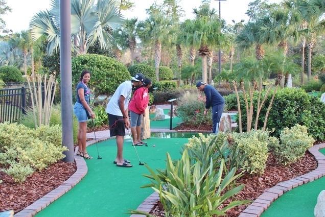 Mini (Crazy) Golf
