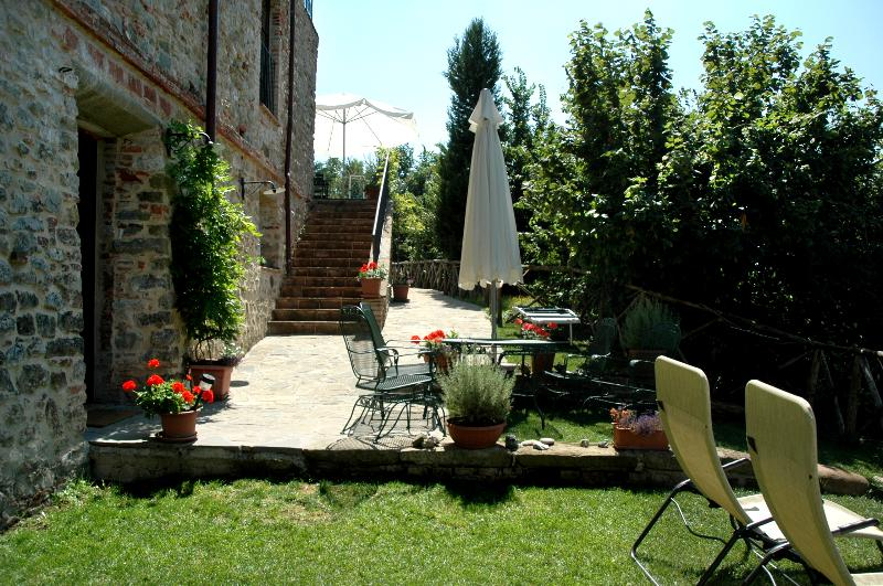 La Terrazza has a huge flagstone and grass terrace with grand views.