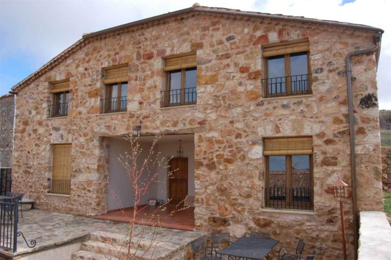EL RINCONCILLO - LA ALAMEDA, holiday rental in Caballar