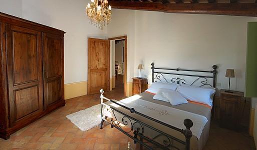 Coldipozzo Villa Sleeps 2 with Pool - 5228859, holiday rental in Montone