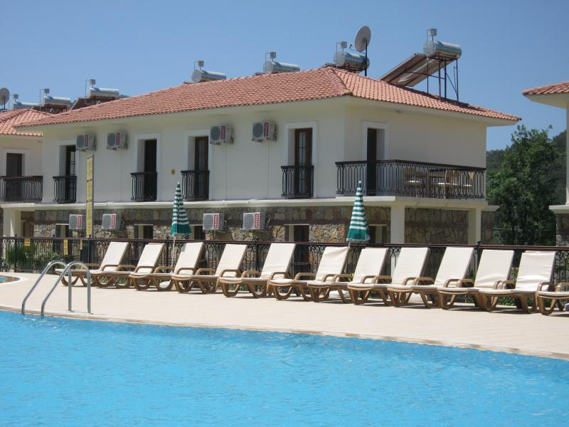 Orka Village Apartment M3, vacation rental in Hisaronu