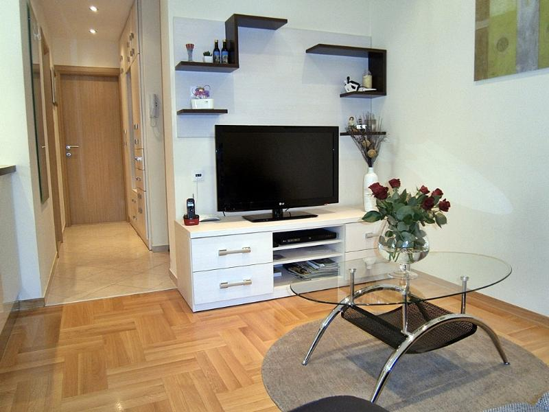 Breathless Flat In City Center, vacation rental in Omis