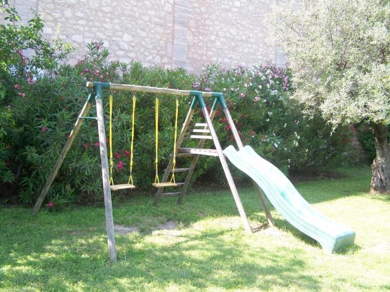 Jeux d'enfants :Balançoire