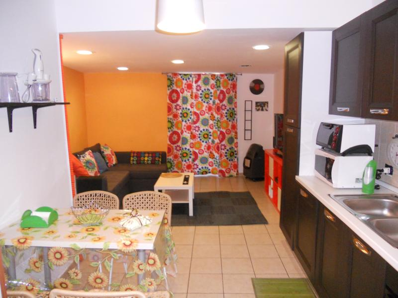 Our beautiful and cosy three-room apartment in the heart of Naples