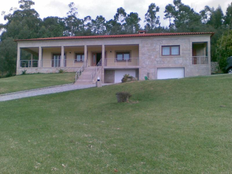 The location is pretty much on the side of the road with a garden of 5000 thousand meters