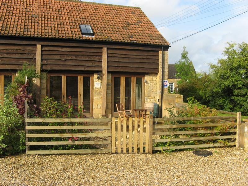 Sherborne holiday barn conversion Sleeps 4+1, holiday rental in Chetnole