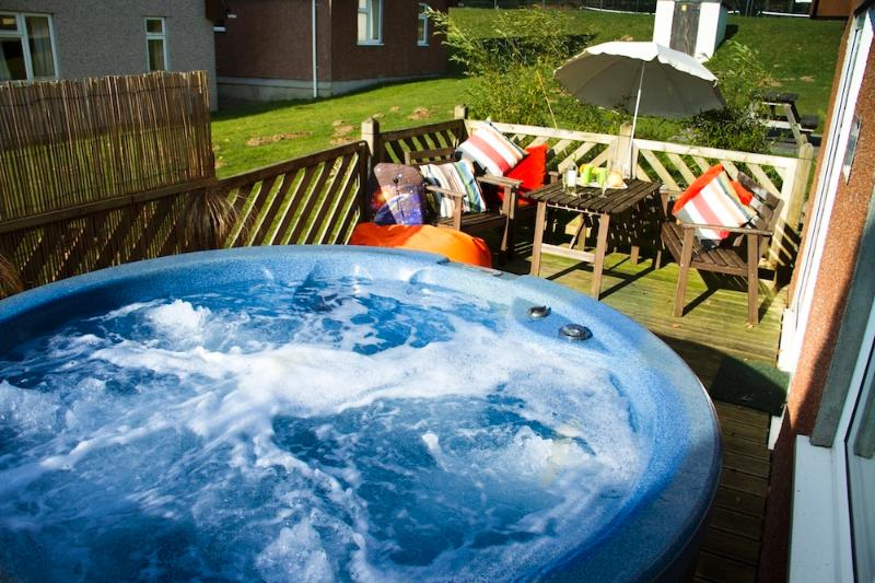 Eden Valley Lodge Hot Tub op het dek