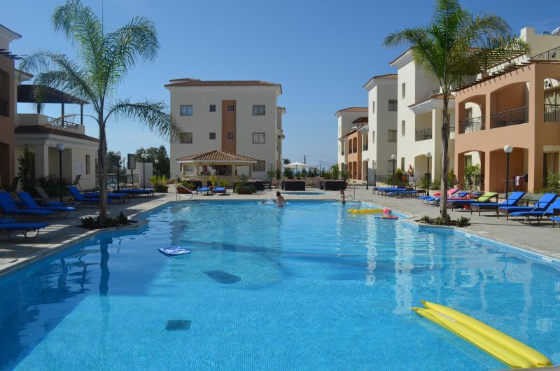 350 Sq Meter Pool