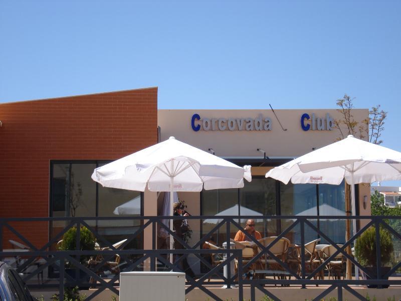 Corcovada Club - drankjes en Internet