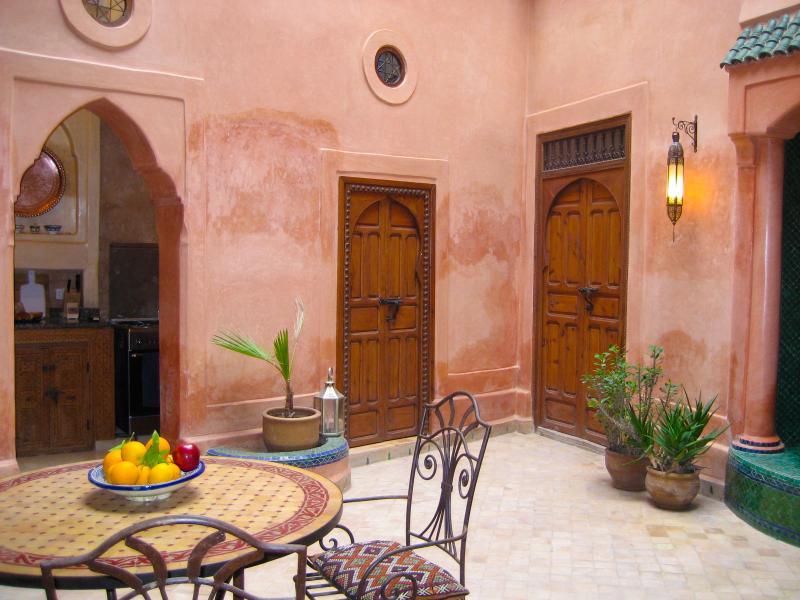 Dar Ajiba-entire home all to yourselves, vacation rental in Marrakech