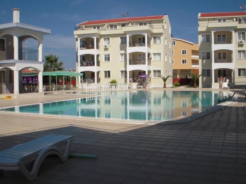 Altinkum - Quality, Quiet Holiday Apartment, vacation rental in Aydin Province
