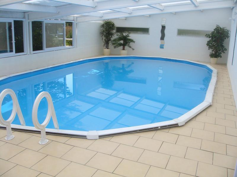 Heated Indoor Swimming Pool 11 x 6 meters