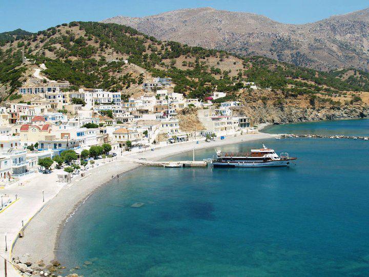 DORANA HOTEL APARTS AND TREKKING HIKING KARPATHOS, vacation rental in Diafani