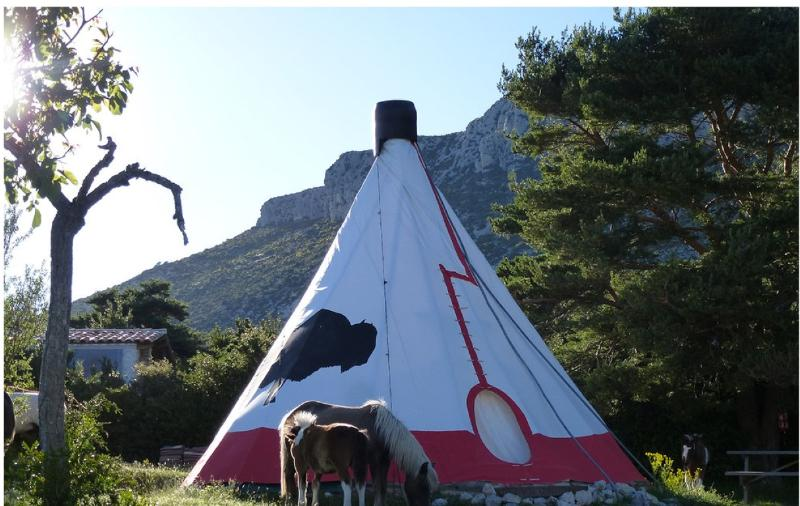 Tipi, vacation rental in Sarzay
