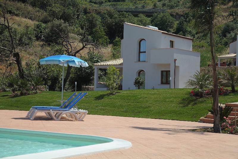 Cefaluincasa - Filicudi 1, location de vacances à Cefalu