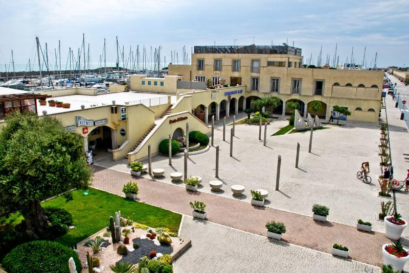 5 km and you will be at Ostia Marina where you can rent a boat or just enjoy the place shop & re