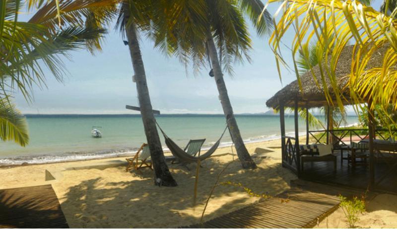 Doany Beach privatif + Bateau!, location de vacances à Nosy Be