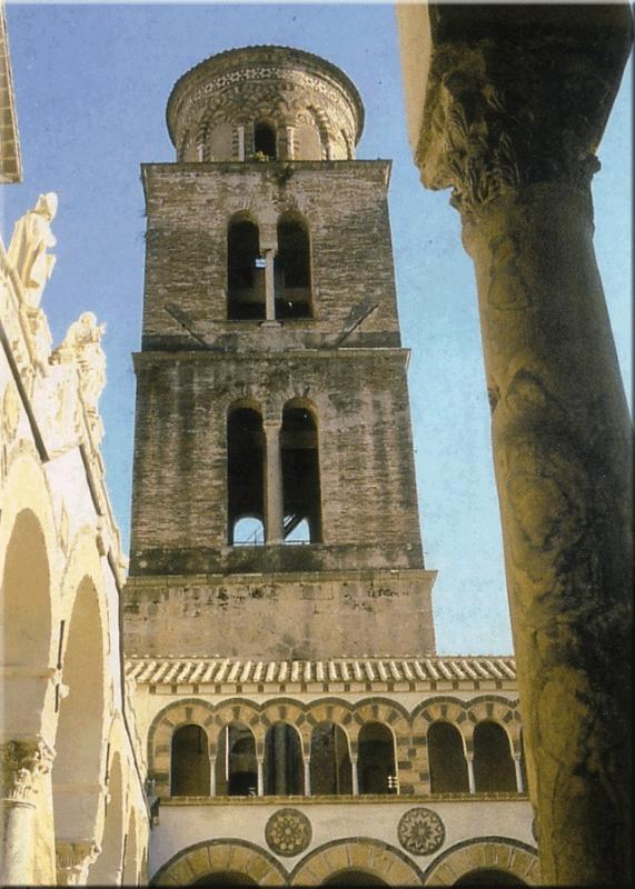 Il Duomo - la catedral, a 300 metros del apartamento.