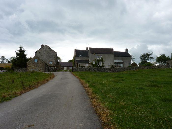 Vor dem Cottage