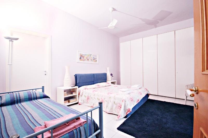 VATICANO PISO MUY LINDO MUY CERCA, vacation rental in Olgiata